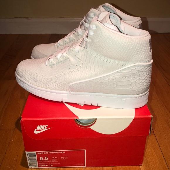9e5e00b68e5992 Nike Air Python Premium- White Metallic Silver